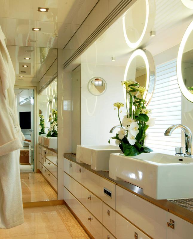 Luxusyacht Mit Joop Armaturen Und Accessoires Von Kludi An Bord